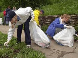 People Picking Up Trash Image