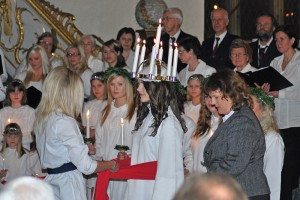 All about Christmas in Sweden Fun Facts for Kids - the Saint Lucia Day Crowning