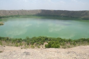 All about Craters Fun Facts for Kids - Image of the Lonar Crater Lake in India