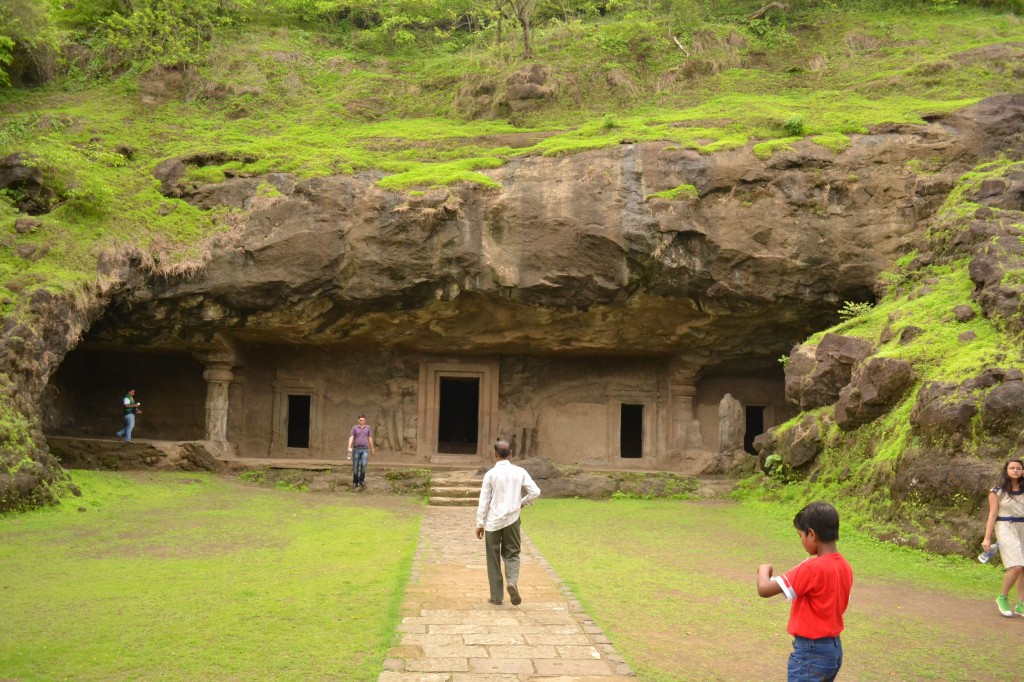 All about Elephanta Island Easy Science for Kids - Image of the Elephanta Caves