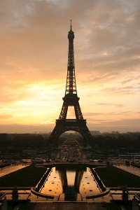 All about France Fun Science Facts for Kids - image of the Eiffel Tower in Paris, France