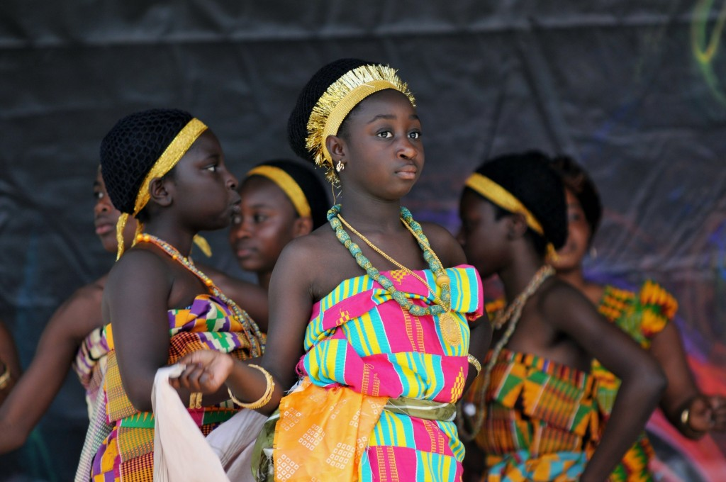 All about Ghana Fun Geography Facts for Kids - Women Dancing in Ghana