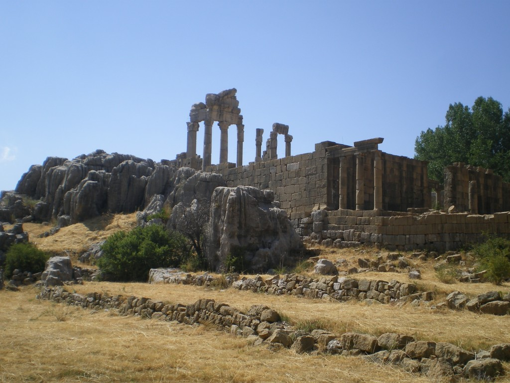All about Lebanon Fun Geography Facts for Kids - Image of the Temple of Adonis Ruins in Faqra Lebanon