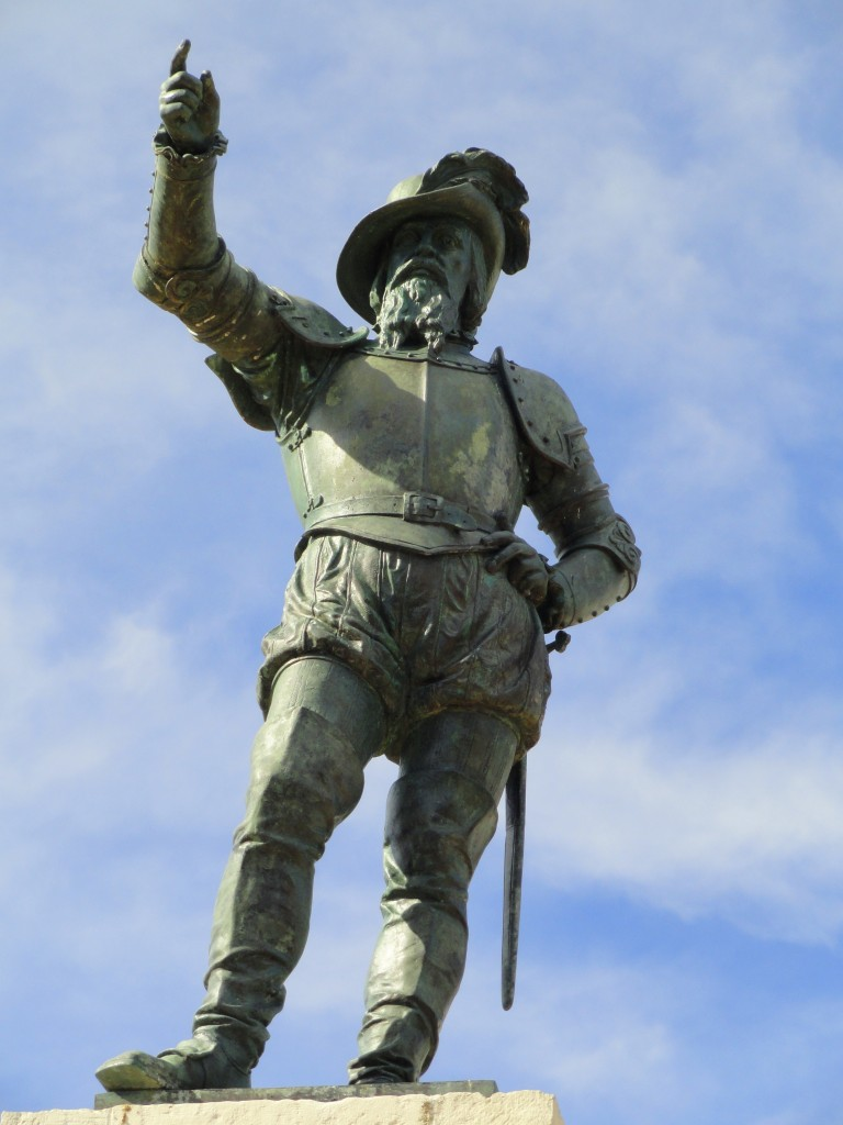 Easy Geography for Kids all about Famous Explorers - Image of the Statue of Ponce de Leon