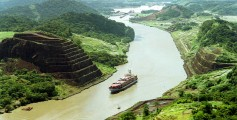 Easy Geography for Kids on Panama - a Tour Going Through the Panama Canal