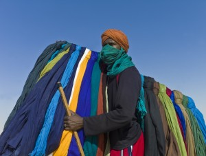 Easy Science Kids All About Timbuktu - Image of a Turban Seller at Festival near Timbuktu