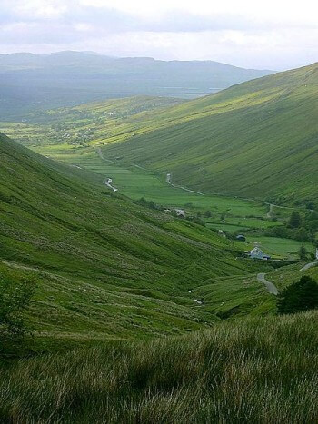 Fun Earth Science Facts for Kids on Valleys - Image of the Glengesh Valley - Valleys Worksheet