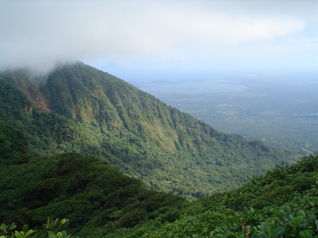 Fun Geography Facts for Kids on Nicaragua - Image of Mombacho Mountains in Nicaragua