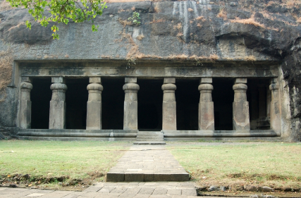 Geography Fun Facts for Kids on Elephanta Island - Image of Elephanta Caves