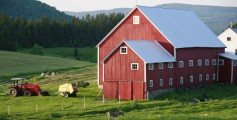 Geography Fun Facts for Kids on New England - a image of a Farm Barn in New England - New England Worksheet