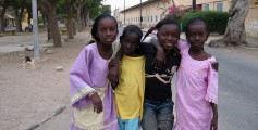 Earth Science for Kids on Senegal - Image of Girls in the city of Saint Louis, Senegal - Senegal Quiz