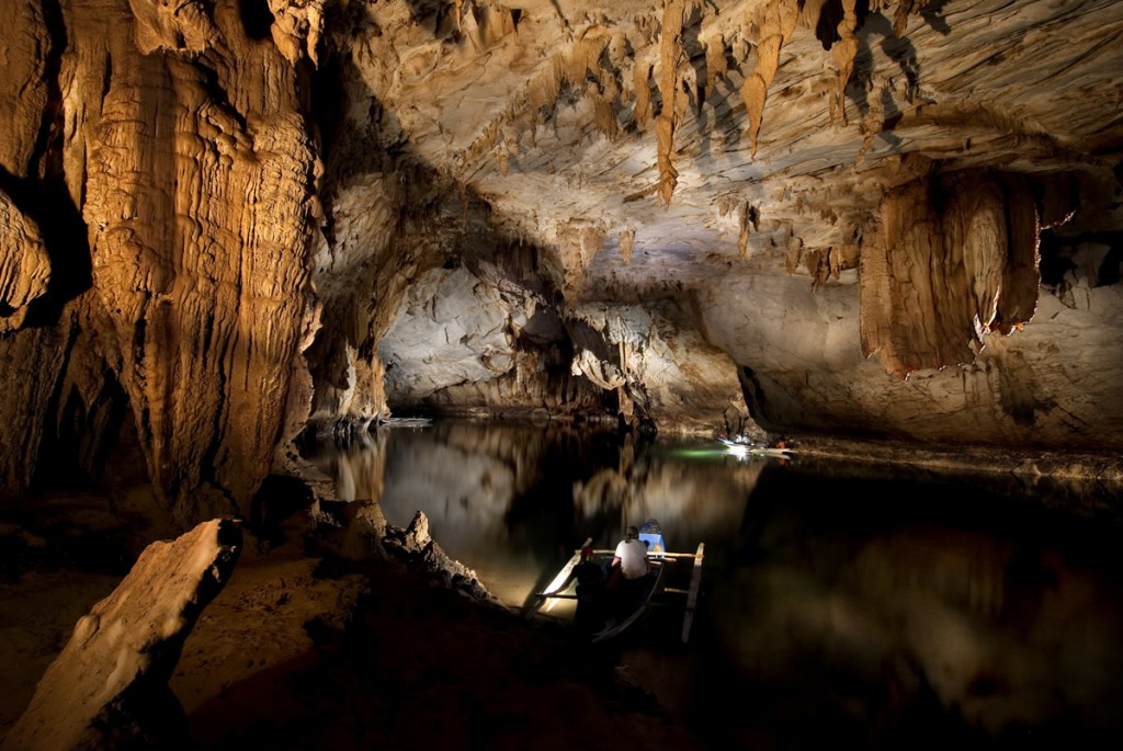 Fun Geography for Kids on the Natural Wonders of the World - Image of the Puerto Princesa Subterranean River in the Philippines