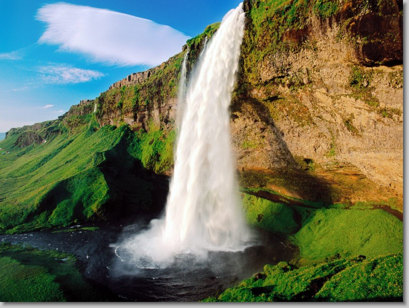 Simple Science for Kids on the Natural Wonders of the World - Image of the Seljalandsfoss Waterfall in Iceland